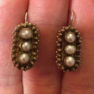 Vintage Sterling Silver .925 earrings with pearls